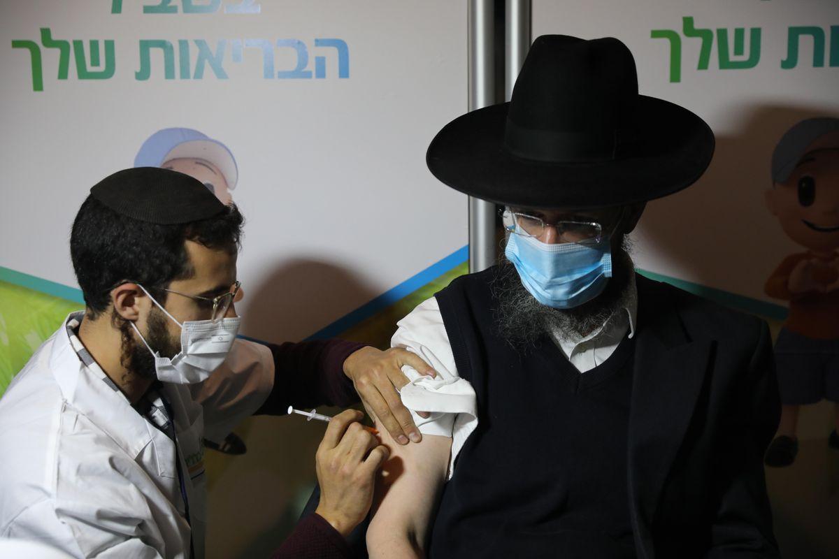 ¿Israel: el milagro de la vacunación o la prueba de la mentira?